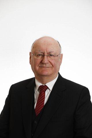 Peter Dennehy